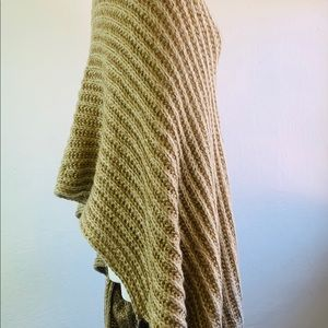 A&O International Sweaters - A&O International Sweater Shawl One Size Fits All
